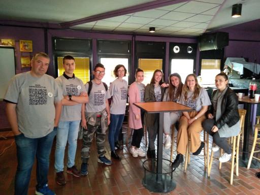 """Kreativni studio """"Putokaz"""" iz Kladova, uz podršku ZImanovog fonda za mlade napravio je edukativnu igru """"Kod demokratije"""""""